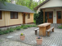 Maywald Vendégház és Apartmanok, Dunasziget